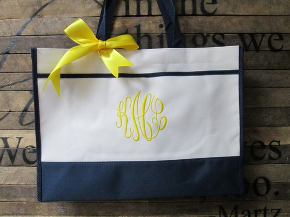 Set of 13 Personalized Bridesmaid Gift Totes, Monogrammed Tote, Wedding Party Gift