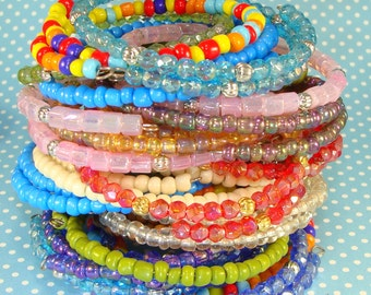 40 pcs MIXED BAG Beaded Bangle Bracelets Assorted Beaded Memory Wire Bracelet Set Party Favor Best Friend Token of Love Gift Bridesmaid Gift