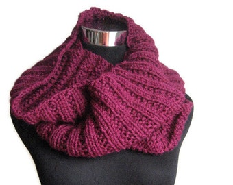 Magenta Cowl Scarf, Purple Knit Infinity Scarf, Womens Accessories, Magenta Knit Circle Scarf, Knit Fall Fashion, Winter Accessories