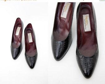 FINAL SALE Vintage shoes / Karl Lagerfeld black leather pumps / size 37-7