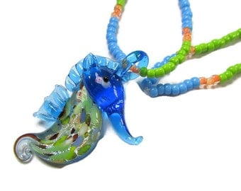 Little girls seahorse pendant sea animal necklace toddler fun jewelry kids stretch seed bead pendant necklace blue green orange ocean themed