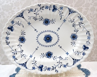 Vintage J & G Meakin Classic Ironstone Fluted COPENHAGEN Oval Serving Platter, 12x9, Blue and White China in Very Good Condition