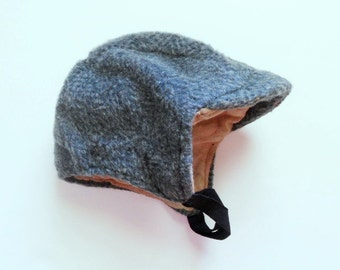 Vintage baby boys grey wool trapper hat with earflaps. Classic winter hat. Lined.
