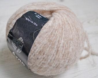 Knitting  yarn, Destash yarn, beige yarn, Aran weight, Y171