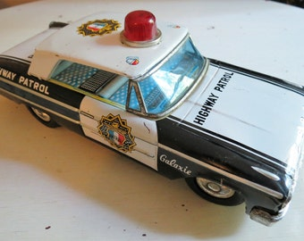 Vintage 1960s Litho Metal Tin Highway Patrol Battery Operated Car Toy