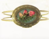 Locket Bracelet ,Pink Kalmia on Teal, Real Flowers, Antiqued Brass, Resin (1795)