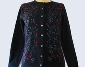 Womens Vintage 1980'S Talbots Embroidered Cardigan Sweater Charcoal Gray Grey Size  Extra Small Red and Gray Flowers Green Vine Leaves