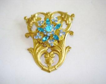 Vintage Jewelry Sapphire Blue Rhinestone Gold Brooch