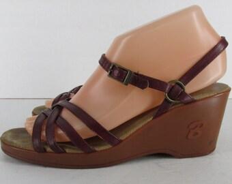 Vintage 1970s Bass 200 Burgundy Strappy Wedge Sandals Women's Size 7.5 M