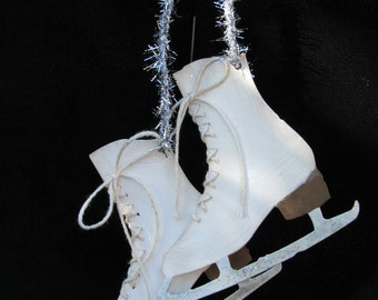 Decorative Pair of Ice Skate Die Cuts, Laced Ice Skates, Gift Tag, Ice Skates Ornament, Sizzix Bigz Die, Tim Holtz Ice Skate, Craft Supply