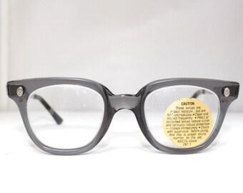 1950s Fendall Brand  Wayfarer style Optical Eyeglasses with original safety lens NOS/rh479