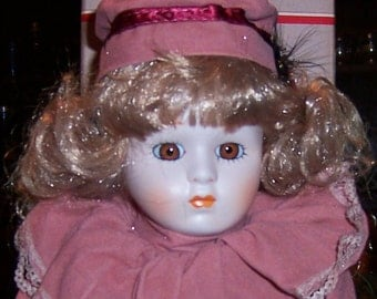 Vintage Porcelain Doll HEATHER 15 1/2 inches, Hand Painted, Mint in Original Box, 1988 Heritage Mint Ltd. America's Dolls