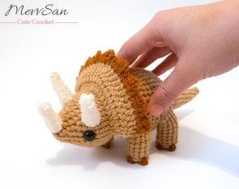 MADE to ORDER - Amigurumi Triceratops Dinosaur - amigurumi dinosaur plush, crochet dinosaur softie, amigurumi dinosaur toy, triceratops toy