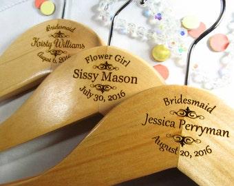 5 Personalized Hangars Engraved Wood Bridesmaid Maid of Honor Flower Girl Wedding Keepsake Oval Style
