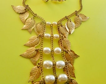 Antique Miriam Haskell signed baroque pearls and gold leaves large tassel necklace - rare and exquisite Haskell original  -- Art.61/4 -
