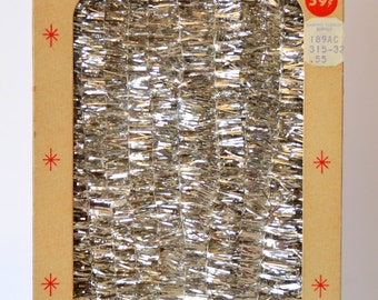 Vintage Christmas Twinkle Trim Silver Spiral Garland 15 Feet Tarnish and Flame Proof Made in California