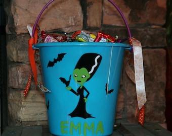 Personalized Halloween plastic bucket - Bride of Frankenstein with vinyl bats