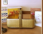 Salton Hot Basket, Warmer, Electric, Serving Hot Buns, Rolls, Danish, Baked Potatoes, Finger Foods,
