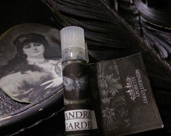 Mandrake Garden Natural Perfume Oil Vial Sample Apothecary Ginger,Tobacco, Fennel, Jasmine, Vanilla ,Honeysuckle,