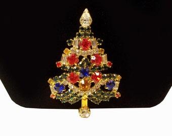 Vintage Warner Colorful RHINESTONE  Christmas Tree Pin Brooch