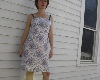 SHOP SALE 50s White Cotton Dress Print Summer Sun Vintage 1950s XS