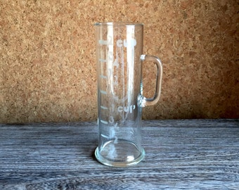 Glass Measuring Vessel - Bar Martini Pitcher - Antique Chemistry Lab Cool - Sand Blasted Measure - 1950s 1960s Man Cave Cool - Pyrex Style
