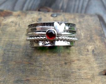 Garnet & Heart 3 Spinner Ring