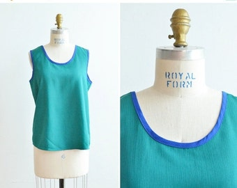 30% OFF STOREWIDE / SALE / Vintage 1980s two-tone tank top