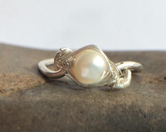 Fresh Water Pearl and Sterling Silver Wire Ring