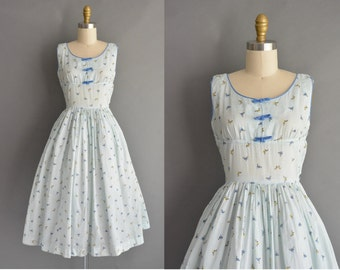 ON LAYAWAY...vintage 1950s dress / 50s Kay Juniors dragonfly novelty print vintage dress