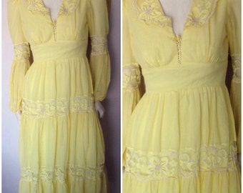 Vintage 70s Canary Yellow Lace Corset Long Sleeve Maxi Dress.M.Bust 38.Waist 28.