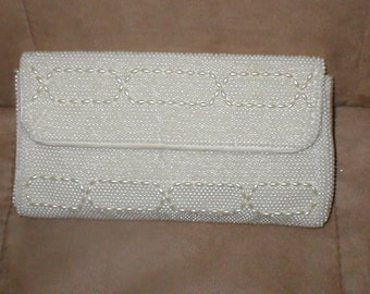 Vintage White Pearl Beaded Clutch Purse