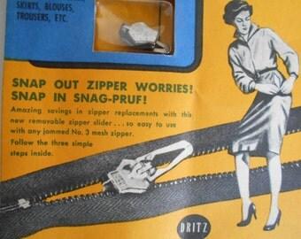 Vintage Dritz Snag-Proof Removable Zipper Slide On Original Ad Card 1950's.