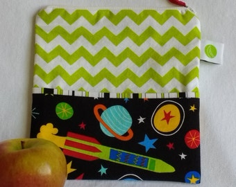 "Eco friendly Reusable Sandwich Bag - 7.5"" x 7.5""- Food safe PUL lined, Zippered, Machine Washable"