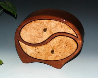 Yin Yang Style Handmade Wood Jewelry Box in Mahogany with Maple Burl Accents, Art Jewelry Box, Wedding Gift Box - Small Jewelry Box, Boxes