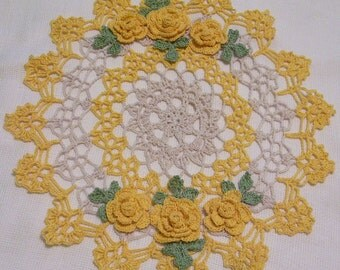 yellow and ecru roses centerpiece doily