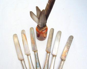 6 vintage silverplate knives.no rust! heavy.solid.monogrammed.everyday silverware.tessiemay vintage