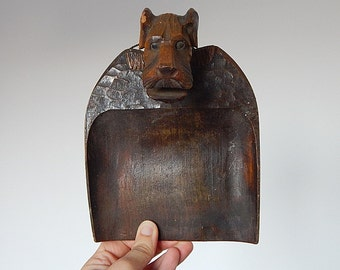 dog crumb tray vintage wooden decoration crumb catcher