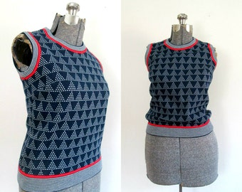 1970s Shell Top // Back Zipper Sleeveless Pullover // Red White Blue Knit