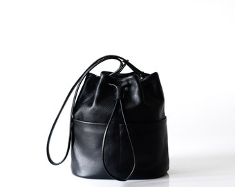 black leather bucket bag OPELLE Bundle handbag