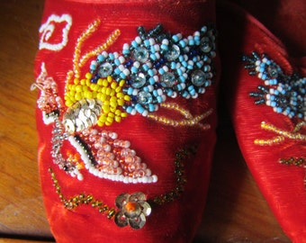 Beautiful Vintage Old Hollywood Glamour Beaded Dressing slippers