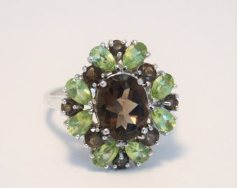 Peridot and smoky quartz ring.  Sterling silver ring.  UK size P.  US size 7.5