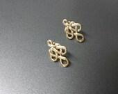 Avon  Longevity Pierced earrings Mint Condition 1982