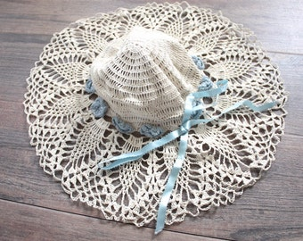 Vintage Floppy Hat // 1920s Style Crochet Summer Sun Hat with Blue Flowers and Ribbon