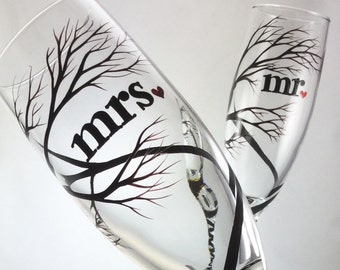 mr mrs Tree Wedding Toasting Flutes, champagne glasses, hand painted branches, personalized in calligraphy