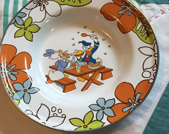 Vintage Donald and Daisy Duck Picnic Metal Bowl Disney Store Bowl #3669