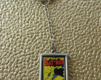 Rotating Metal Batman Keychain With Images On Both Sides