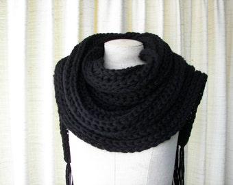 Luxurious Classic Chunky Custom Hand Knit Scarf in BLACK Acrylic yarn / Boyfriend scarf / Custom Knit Scarf