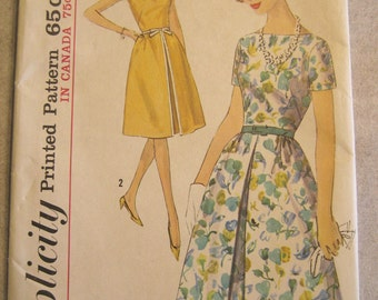 Vintage 1964 Bateau Neck Dress Pattern with Inverted Front Pleat Back Zip Simplicity 5408 Size 11 Jr 13 Jr or 12 Miss