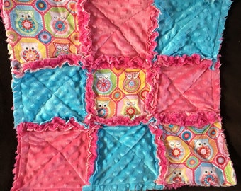 Lovey owl, pink and tiffany blue minky with hot pink rose swirl minky lines the back. baby rag quilt blanket for baby girl